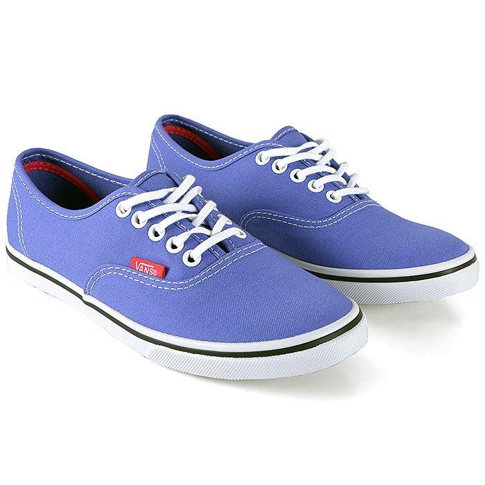 Tenis Vans feminino em azul