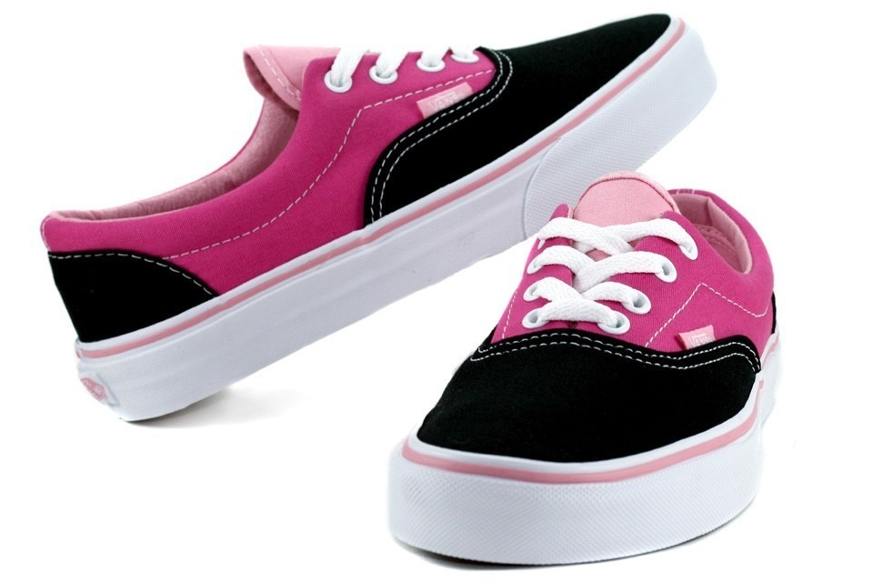 Tenis Vans feminino em rosa e preto