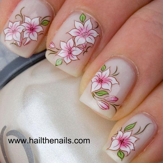 decorada unhas com flores