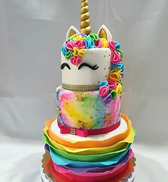 festa unicornio bolo colorido