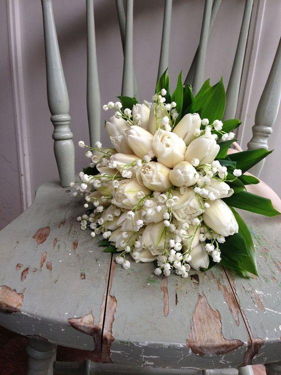 ideias ramos tulipas brancas