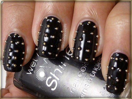 lindas unhas em preto