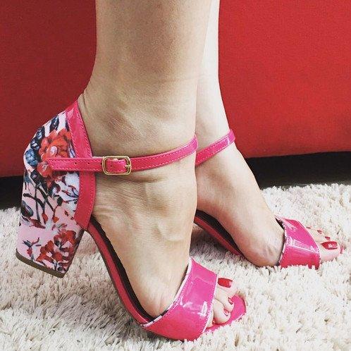 modelo sapato salto floral 3