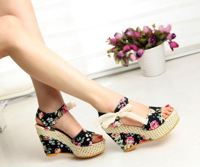 modelo sapato salto floral 5