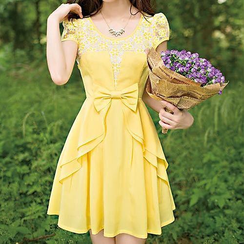 modelo vestido amarelo curto