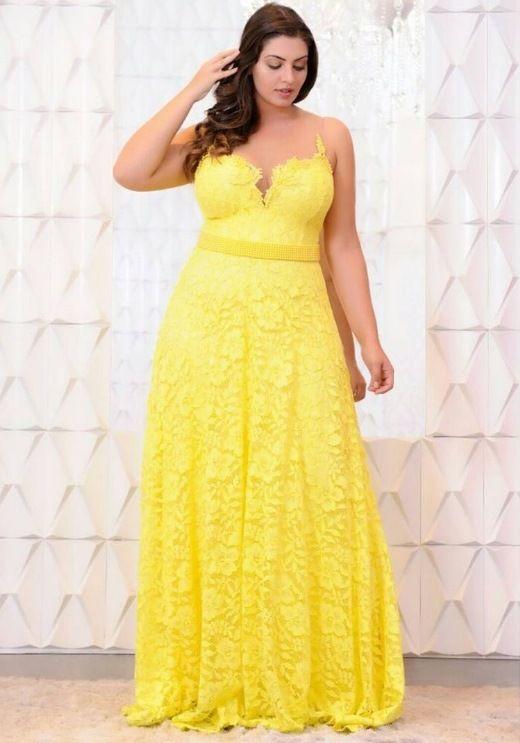 modelo vestido amarelo plus size