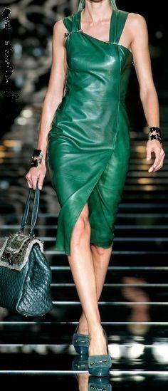 modelos moda dicas vestidos couro 9