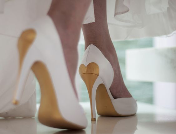 modelos sapatos noiva coracao