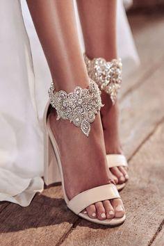modelos sapatos noiva renda tornozelo
