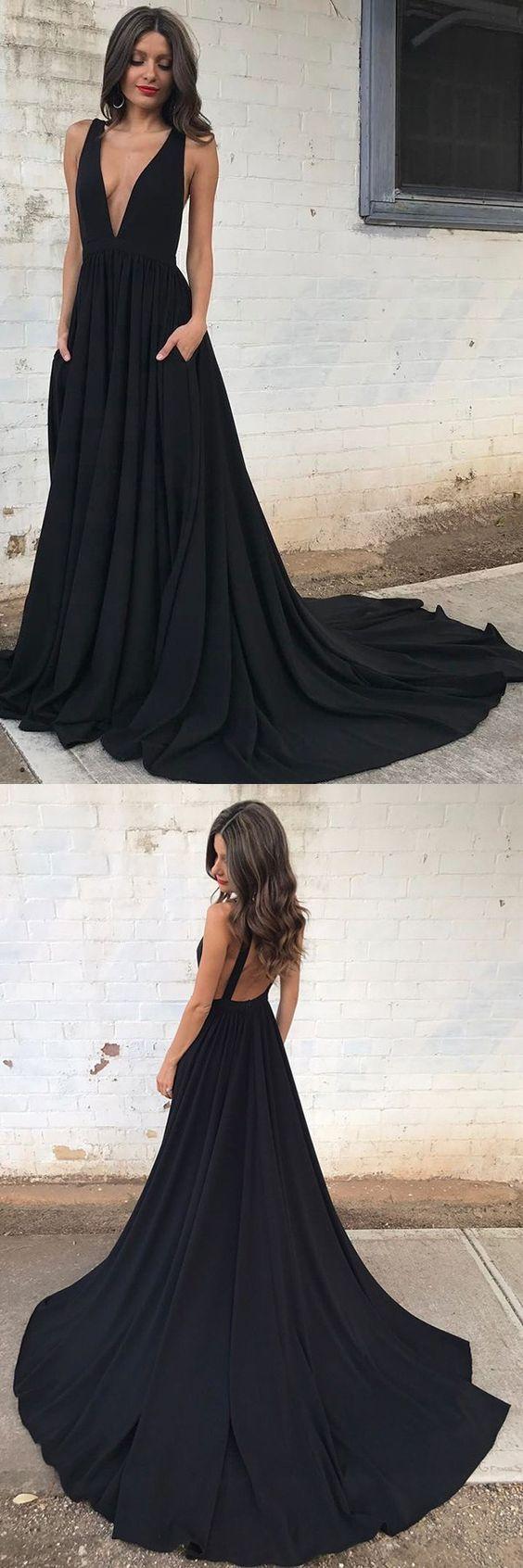 modelos vestidos dama preto