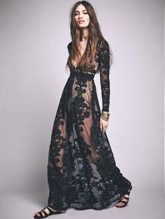 modelos vestidos transparentes