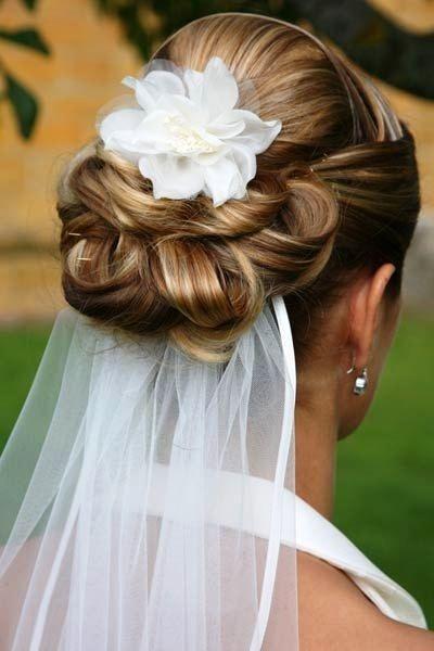 penteado noiva veu flor