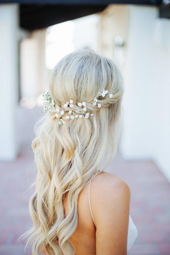 peteados noiva flores longo