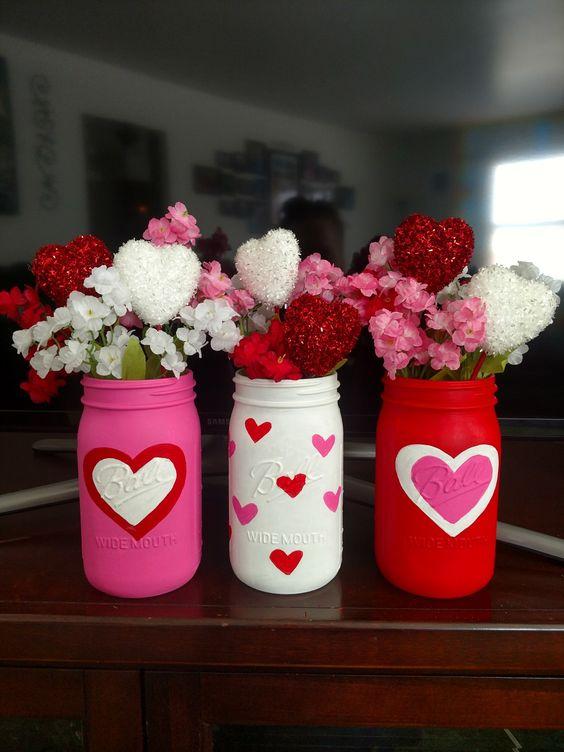potes decorados dia namorados centro mesa