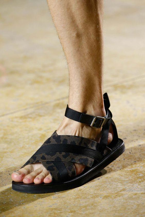 sandalias masculinas modernas