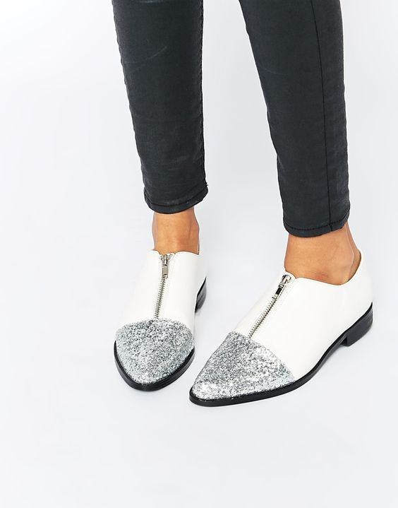 sapatos pormenores brilho
