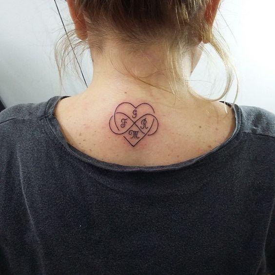 tatuagem coracao delicada costas