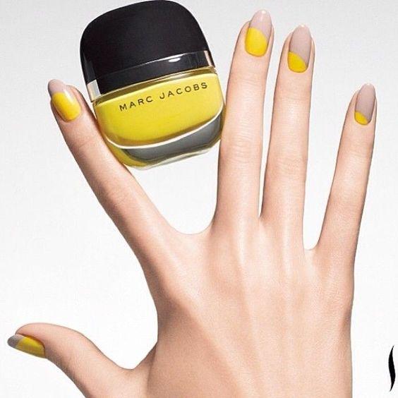 unhas decoradas amarelo cinza