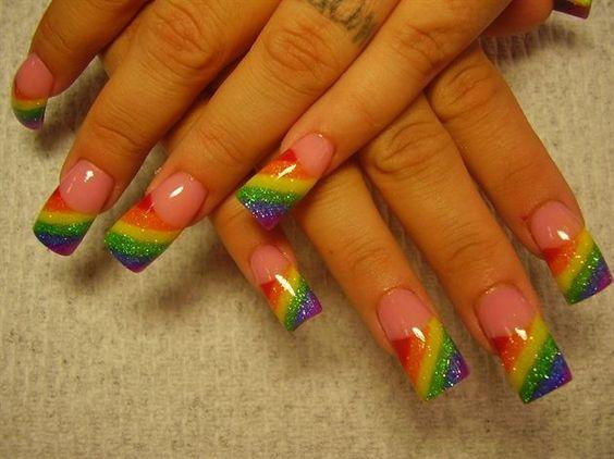 unhas decoradas arco iris 4