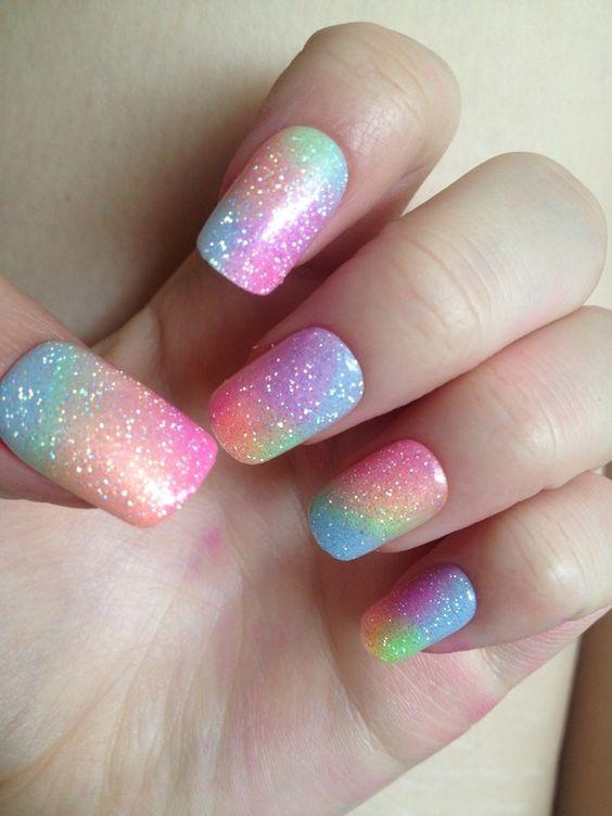unhas decoradas arco iris