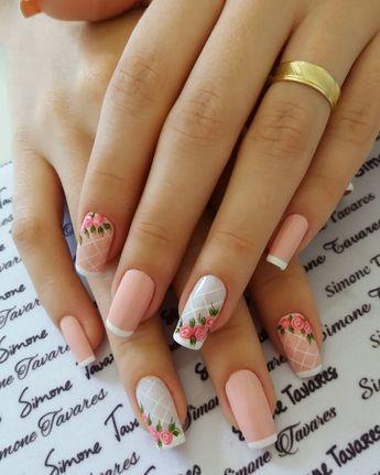 unhas decoradas rosas branca