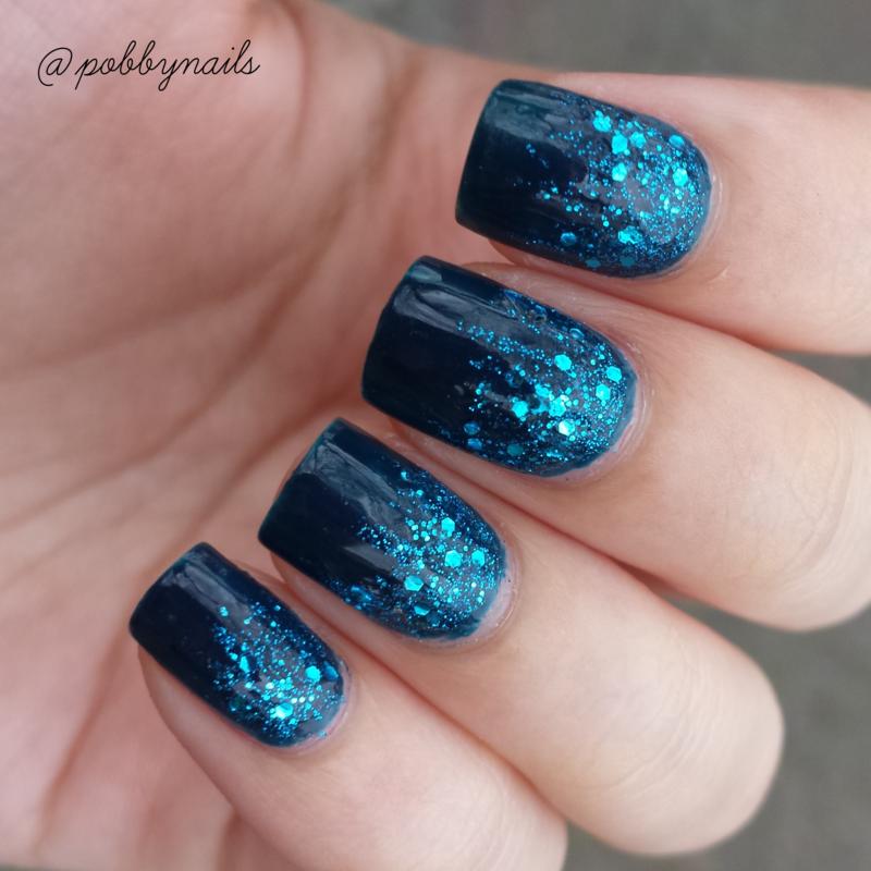 unhas degrade com glitter