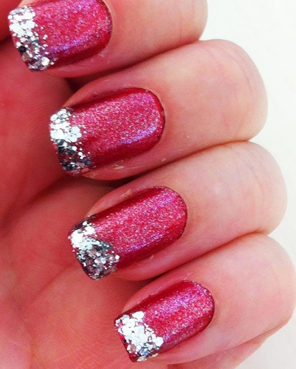 unhas em rosa com glitter