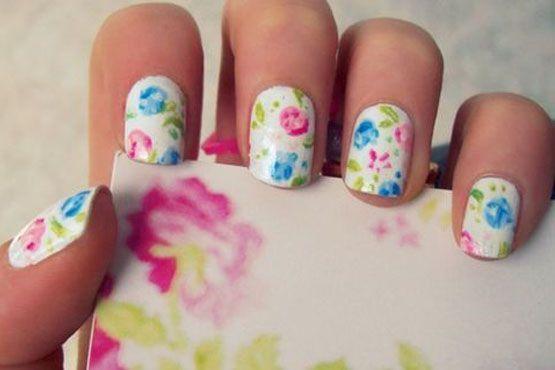 unhas estampadas flores