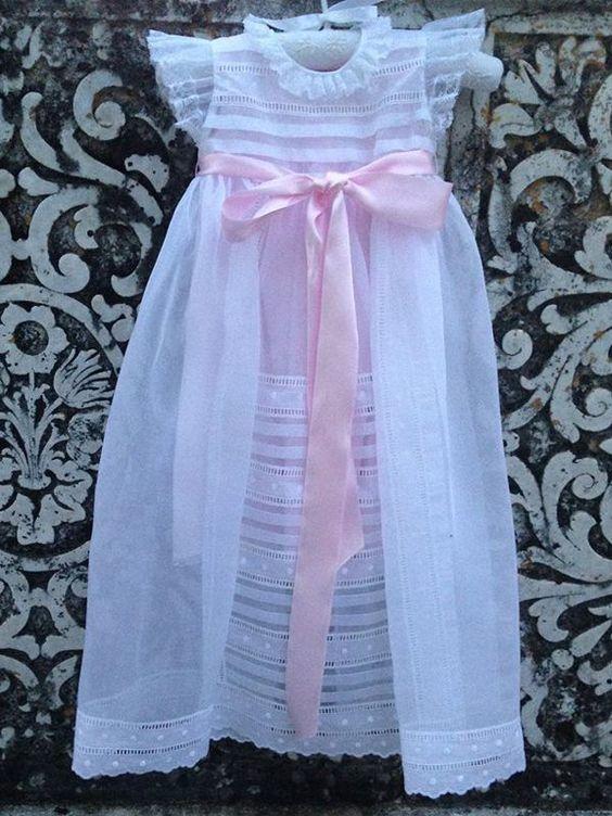 vestido batizado simples