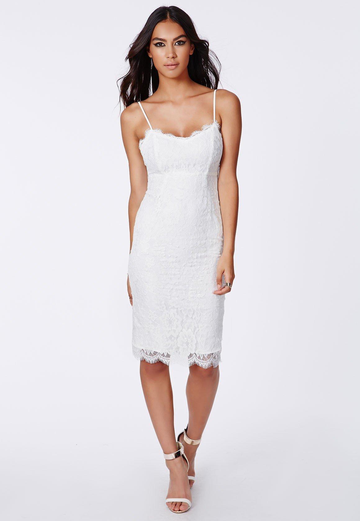 vestido branco com alcas