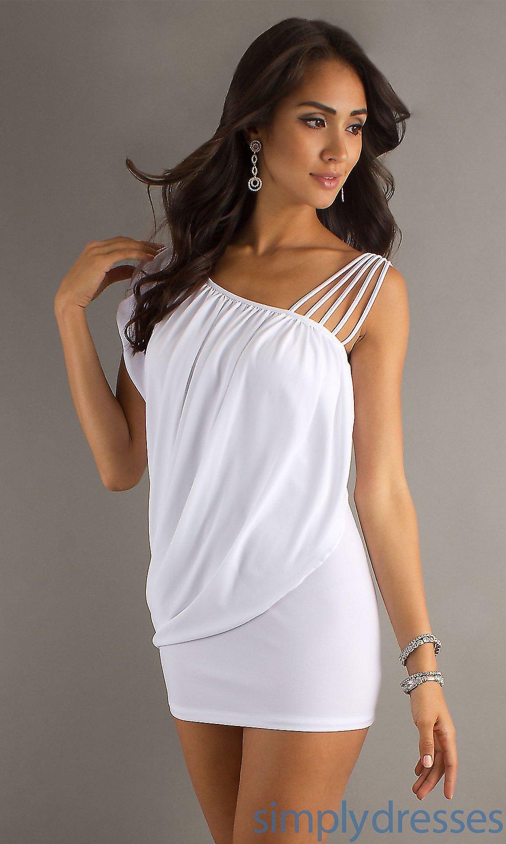 vestido branco com estilo