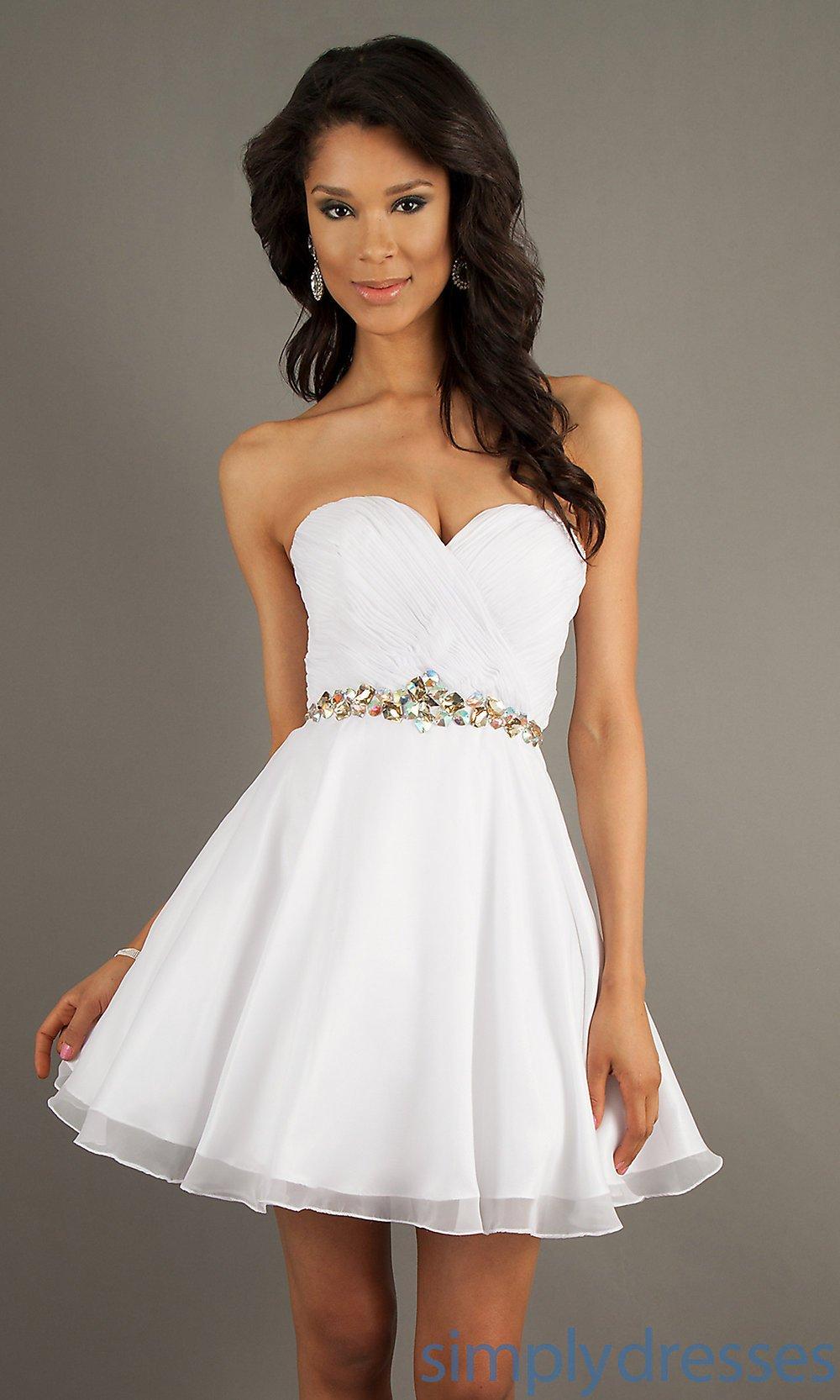 vestido branco com tule