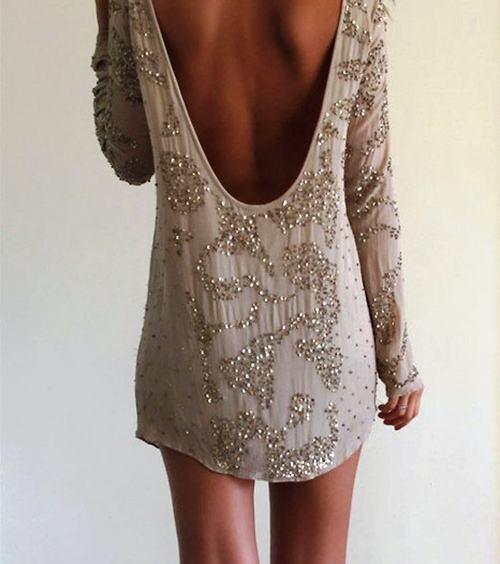 vestido-curto-pedrarias