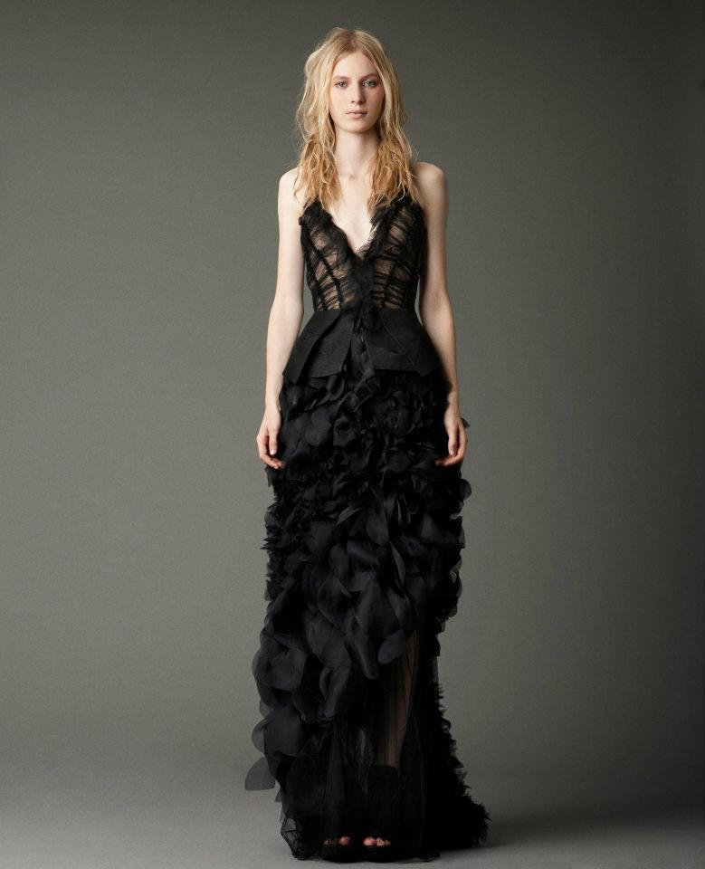 vestido noiva preto simples elegante