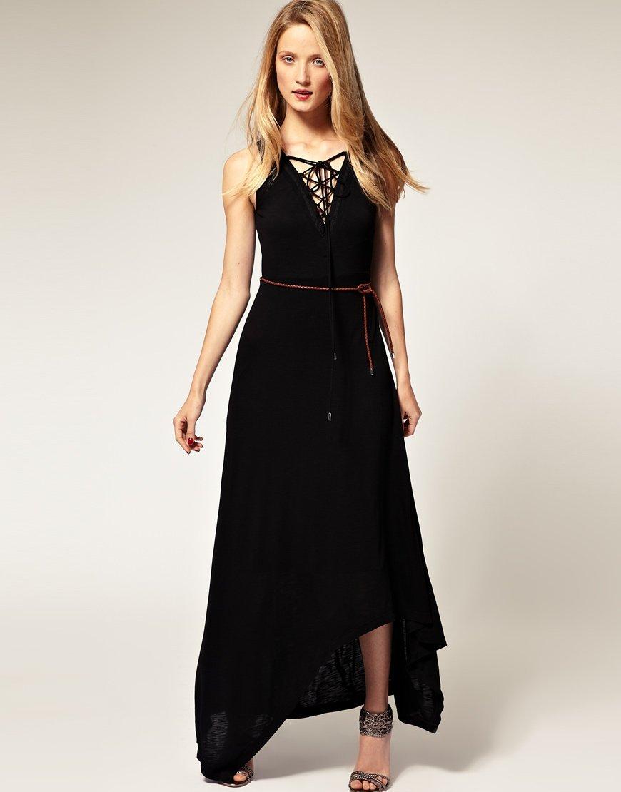 vestido simples em preto