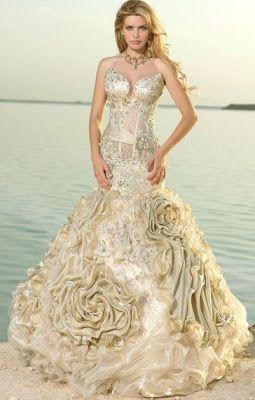 vestidos noiva coloridos dourado